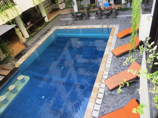 Losari Hotel & Villas : main pool