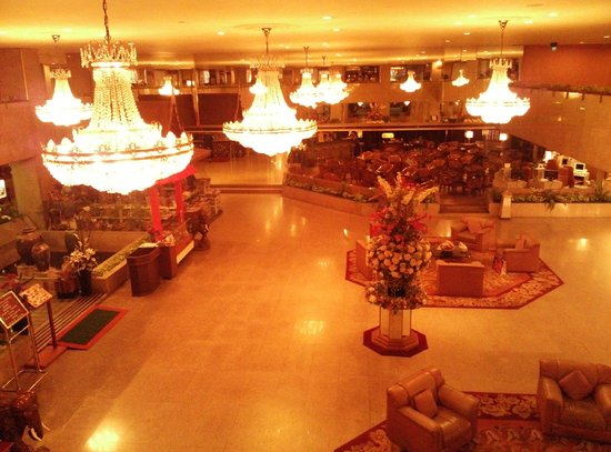 Asia Hotel Bangkok: Lobby area