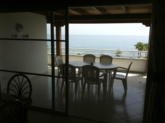 Miraflores Beach & Country Club: TERRAZA