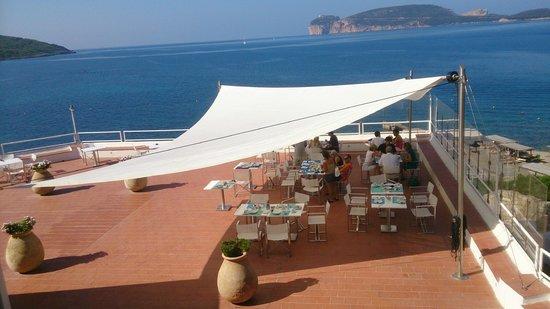 El Faro Hotel: Breakfast under the sail