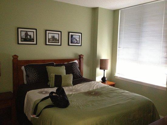EAI - Metropolitan at Pentagon: AP#420 bedroom 1