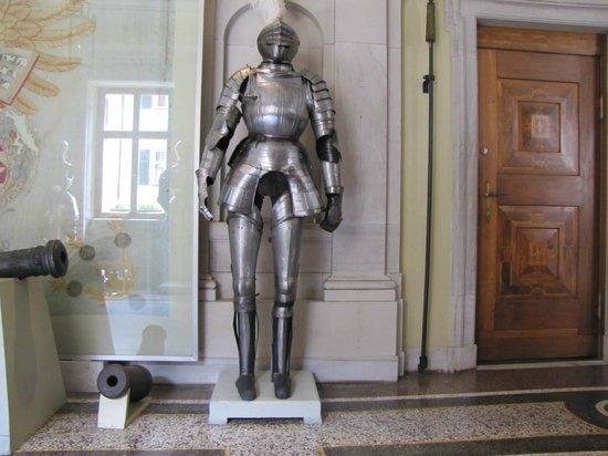 Schloss Baldern: armatura