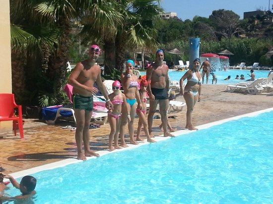 Sporting Club Village : In piscina x un tuffo!!!!!
