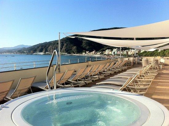 Lounge Bar Solarium - Bild von Suite Hotel Nettuno, Sestri Levante ...