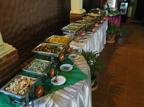 Sabaragamuwa Province, سريلانكا: Sri Lankan Buffet