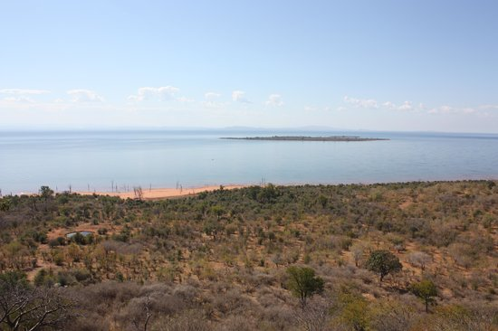 Bumi Hills Safari Lodge & Spa : The view from the Lakeview Suite