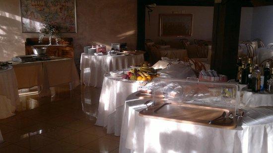Garden Hotel Ripa: Buffet
