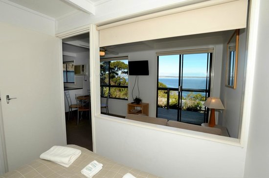 Matthew Flinders Terraces : The view from your bed.