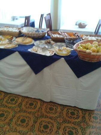 Hotel Lanzoni: buffet nell'hotel