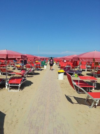 Cattolica, Itálie: spiaggia alle h.14