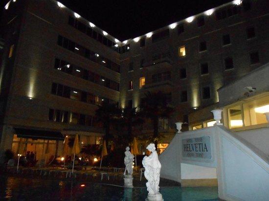 Hotel Terme Helvetia : la sera