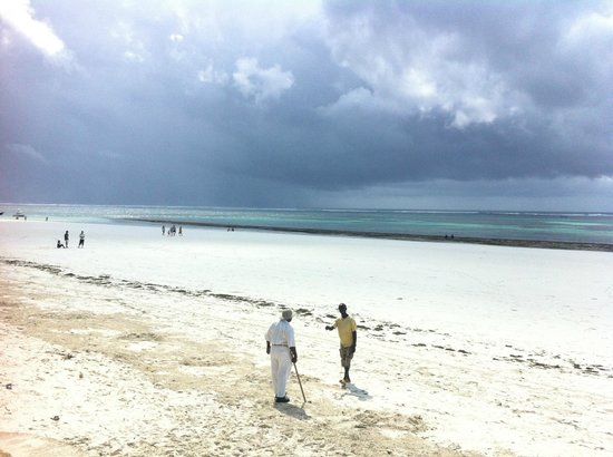 Ocean Village Club: Strand bei Ebbe