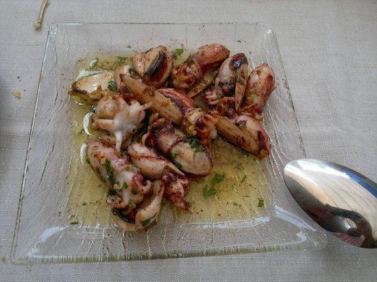 Iberic: Sepionetes (chocos) a la plancha- Restaurant IBÈRIC (Ullastret)