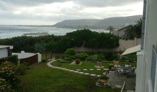 Hermanus Beach Villa: Stunning view from our balcony