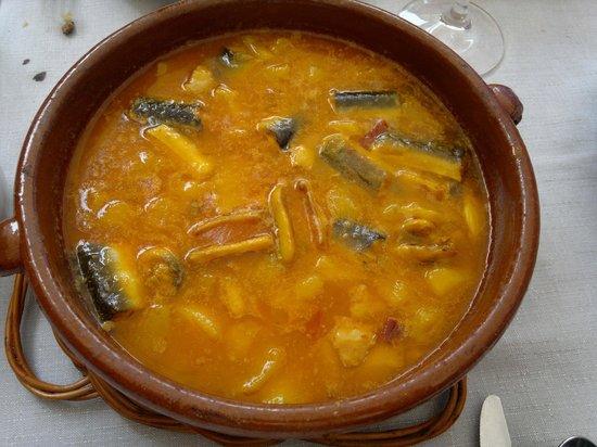 Iberic: Suquet de anguila -  Restaurant IBÈRIC (Ullastret)