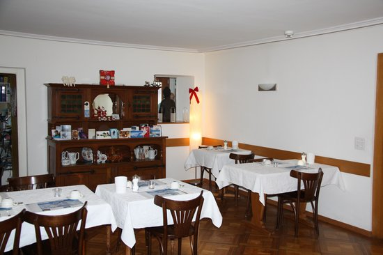 Hotel Rugenpark B&B: The inside dining area