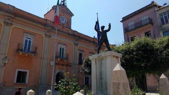 Vico del Gargano : Rathaus