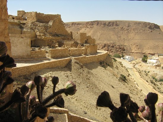 Dar Nesma : village Chenini