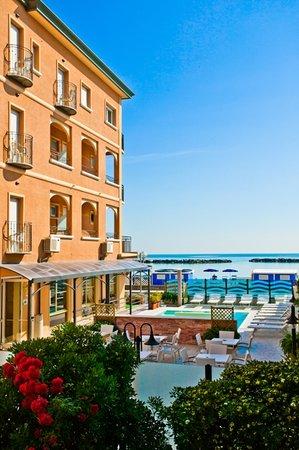 Hotel Euro: hotel vista mare