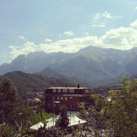 La Cascina del Nonno: Isola Gran Sasso - Vista Santuario San Gabriele