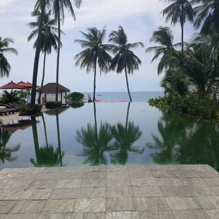 Weekender Resort & Hotel: piscine