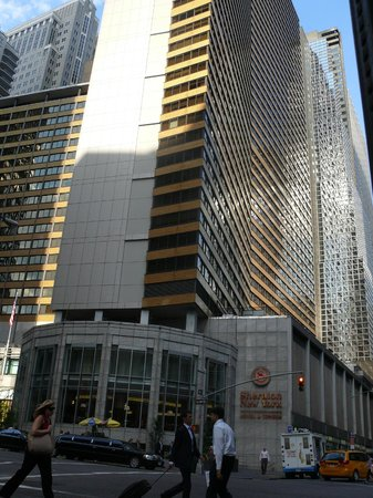 Sheraton New York Times Square Hotel: View from the street