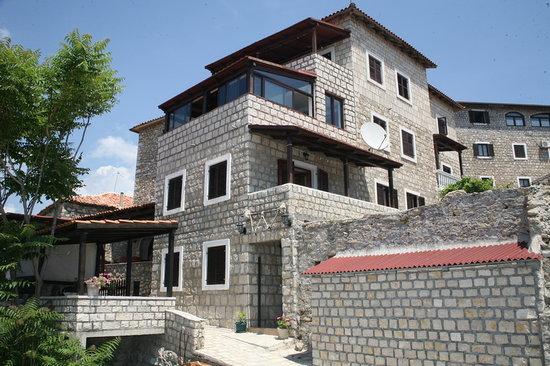 Apartments Villa Buro