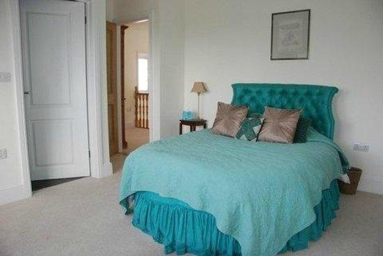 Straightway Head House: Feature Bedroom