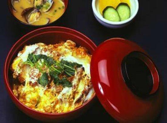 Tonkatsu Ise, Shinjuku Nomura Bldg.: かつ丼は食べたことありますか伊勢の名物です。