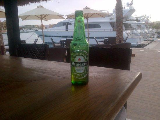Moods Restaurant & Beach Club: Beer is always cold