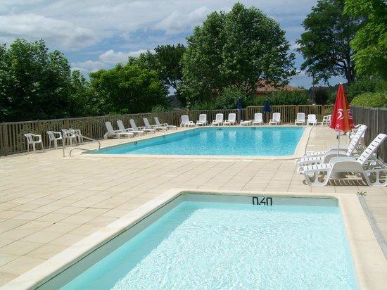 Camping La Bastide: piscine chauffée