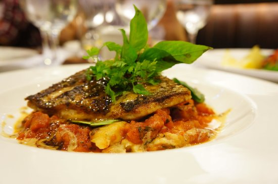 The Sire Museum Restaurant : Grilled Snapper