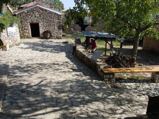 L'ingresso del museo dell'acqua a Dimitsana