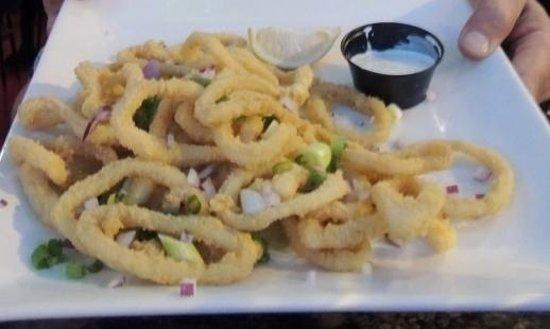Melrose Cafe & Bar : Limpy Calamari