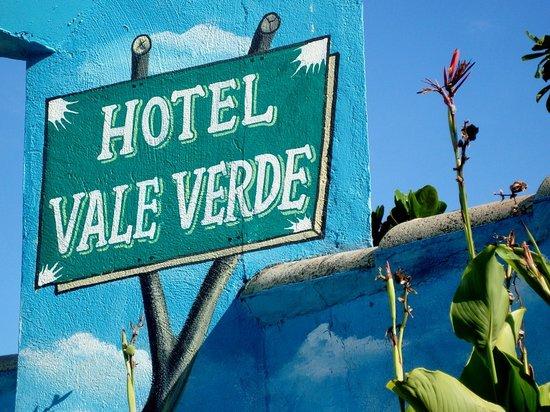 Hotel Vale Verde : placa chegada ao hotel