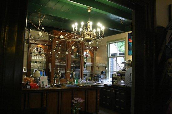 De Kamer: De bar,