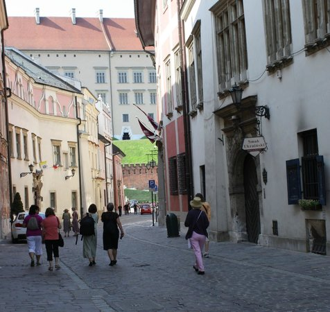 Hotel Grodek: Walking to Krakow's Market Square (a block from hotel)