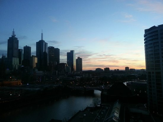 The Langham, Melbourne: Morning view from my room (17th Floor)