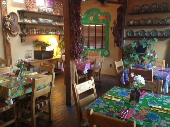 El Paradero Bed and Breakfast Inn : Charming breakfast room!