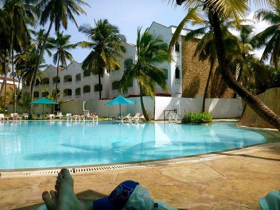 Sarova Whitesands Beach Resort & Spa: View of the pool