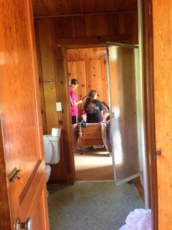 Huskins Court and Cottages: Inside the 2 room Cottage