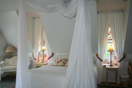 The Red Horse Inn: Bedroom