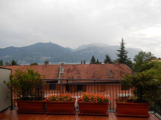 Hotel Sonenga: Het uitzicht als je stond