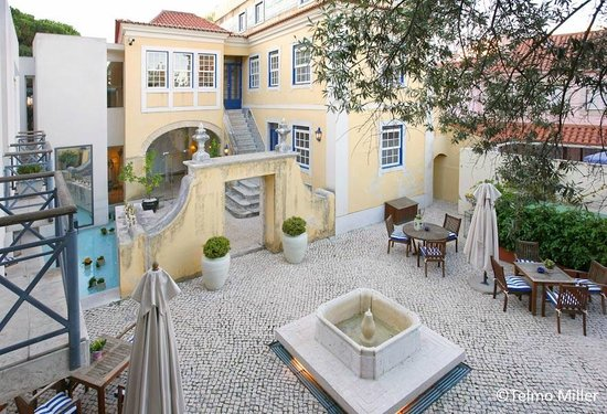 Solar Do Castelo, a Lisbon Heritage Collection