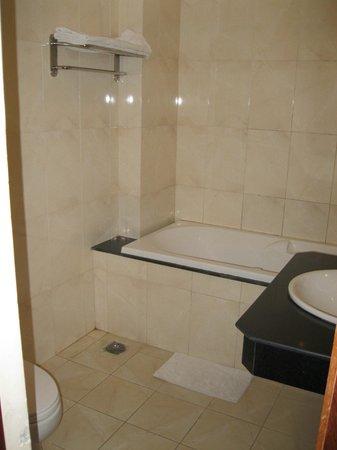Dai A hotel: Bathroom