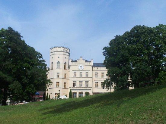 Maciejewo, โปแลนด์: Na zewnątrz Pałac prezentuje się najlepiej...