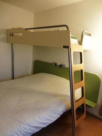 Ibis Budget Nice Aeroport : Etap Hotel と同じ2段ベッド