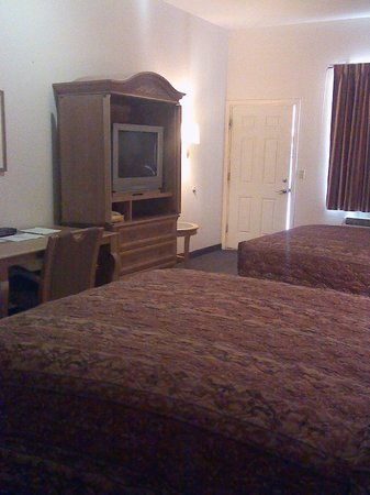 Trails Inn & Suites Motel : Double Suite