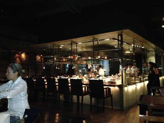 T8 Restaurant and Bar: la cocina