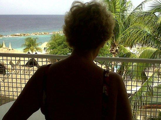 Sunscape Curacao Resort Spa & Casino: Desde el balcon de la habitacion....y de noche fabuloso